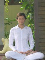 woman-meditation